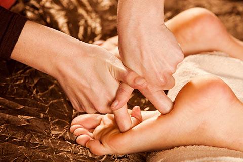 足底按摩反射疗法的5种作用