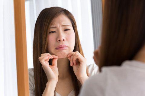 あごのたるみを改善させたい!簡単お手軽に二重あごをなくす方法