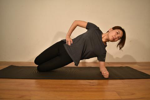 【動画つき】1日15秒!ぽっこりお腹改善のためのトレーニング