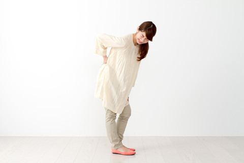 腰痛は歩くことで効果的に改善できる!?