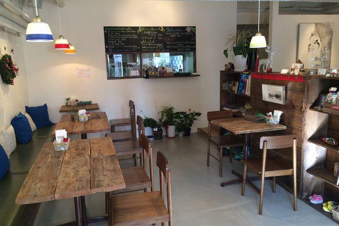 カフェ併設で自分へのご褒美に|リラクゼーション&カフェ コトリエ
