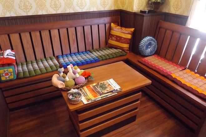 タイ古式マッサージ ティーン・イサーン