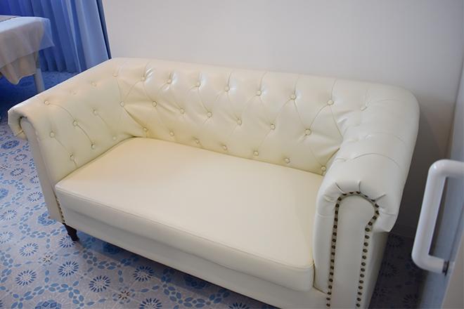 高級ソファで贅沢気分