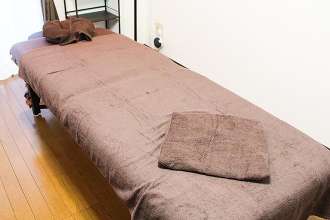 ブラウンベースの「完全個室」