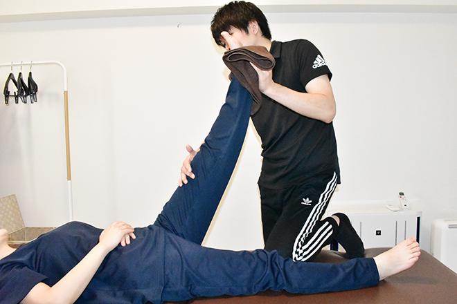 筋肉や関節の硬さをやわらげて滑らかな動きへ