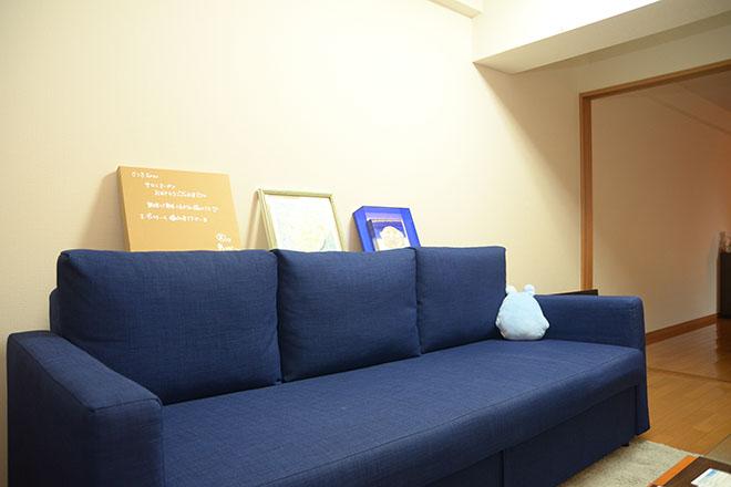 自宅のような待合スペース
