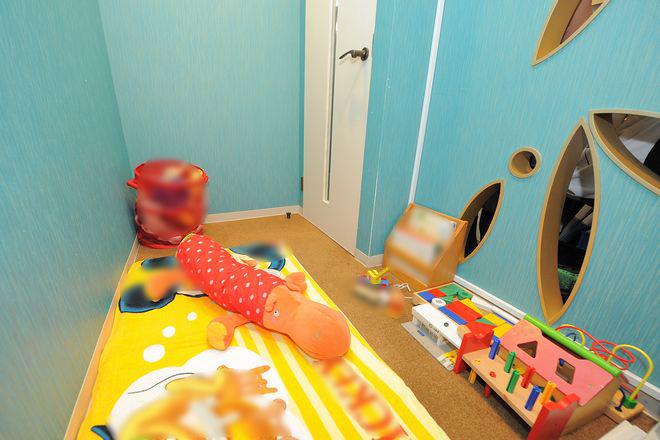 リガーレカイロプラクティック 横浜店 お子様がおもちゃで遊んでいる間に・・・♪