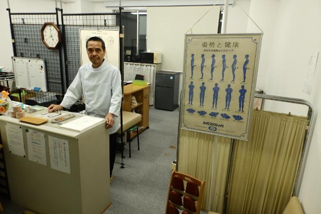 筑紫口AKカイロプラクティック院 施術歴20年以上のベテランオーナーお出迎え