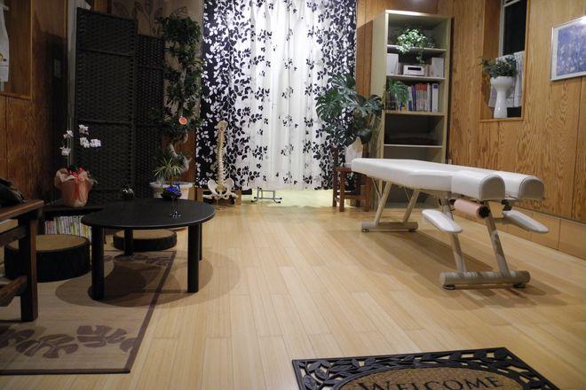 逗子新宿二丁目整体院 明るいオープンスペース