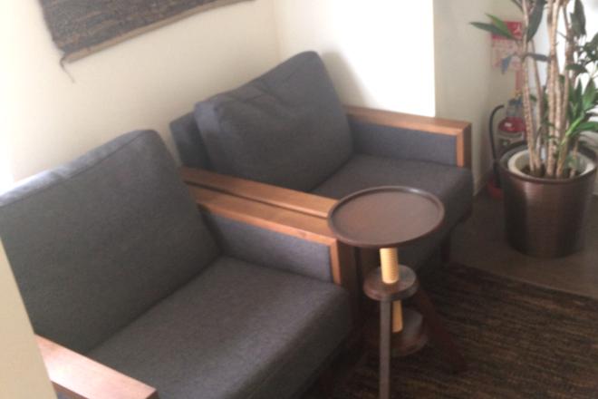 Fondle 待合を兼ねたソファです