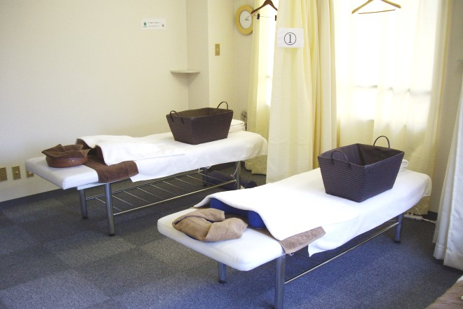 いつもきれいな施術ベッドです