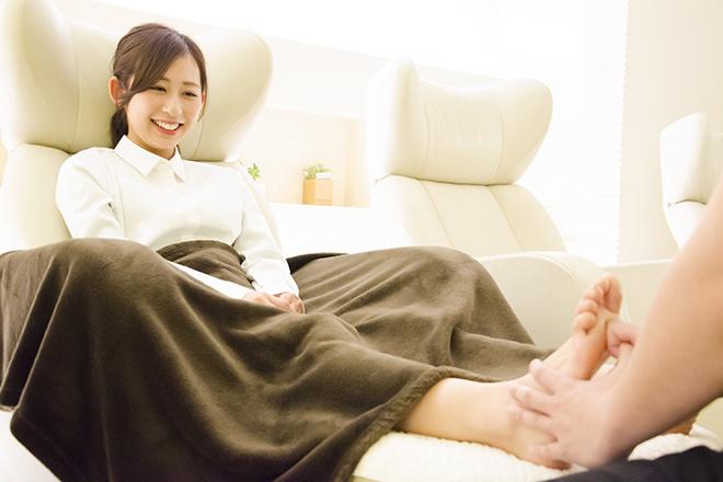 リフレッシュハンズ JR大阪駅店 足のだるさをやわらげます