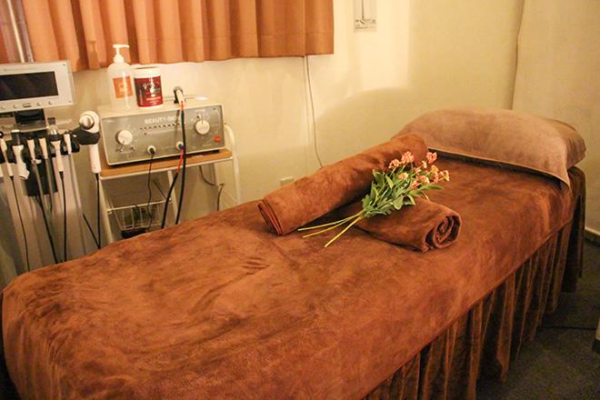 金の指・銀の指 ベッドは施術ごとにご用意しております