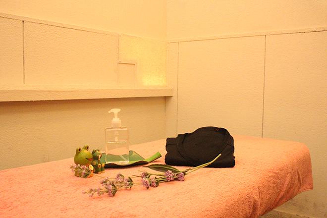 リフレージュ カーテン仕切りのお部屋でニーズに合う施術を