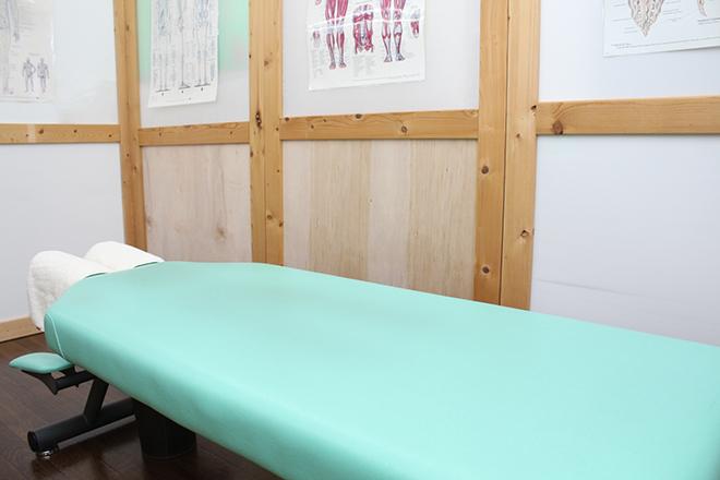ゆがみ先生 個室空間の施術スペース