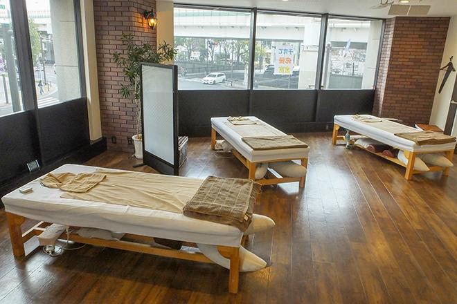 東邦マッサージ 横浜元町中華街 オープンスペースだけでなく「ペア個室」も