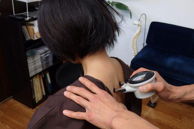 マハロ カイロプラクティックオフィス(Mahalo) 神経バランスを検査