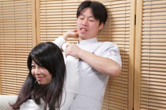 天美ふれあい整体院 首の疲れ、肩の疲れを改善に導きます。