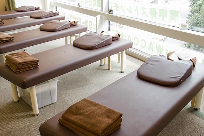 Re.Ra.Ku WACCA池袋店 清潔感のある、広々とした開放的な空間