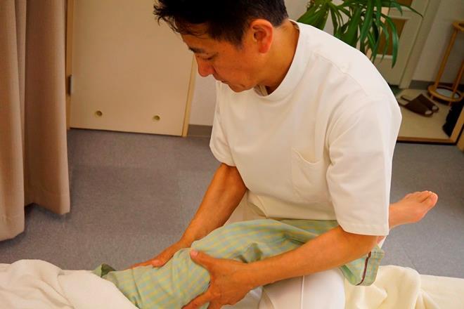 整体ラピタ 脚の施術も丁寧に行っております。