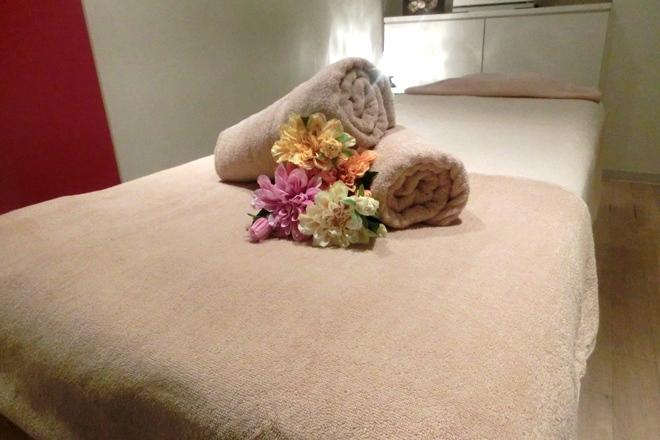 外苑美人 落ち着きのある女性らしいベッド