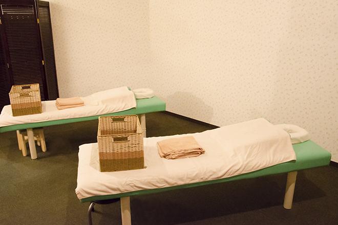 イヤシス イオンモール猪名川店 オープンスペースと個室をお好みで♪