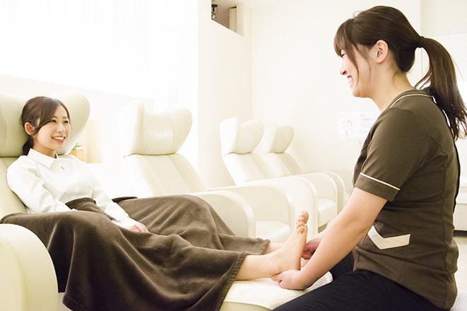 リフレッシュハンズ 神戸三宮店 足のだるさをやわらげます