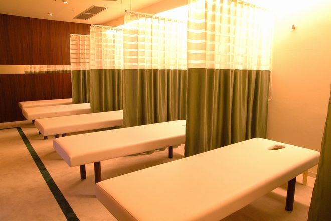 Re.Ra.Ku 銀座7丁目店 「フットケア」もベッドで寝た状態で受けられます