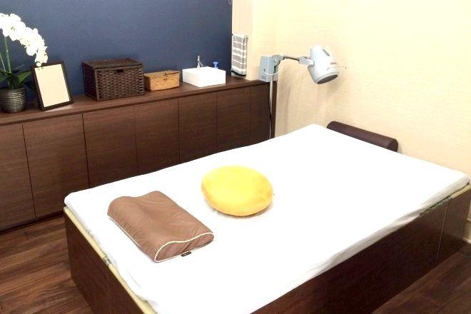 吉祥寺 みやま鍼灸院 広いベッドでご年配の方も通いやすい!