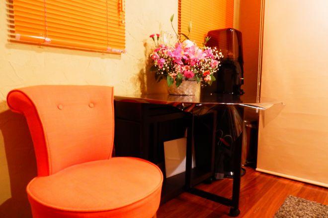 Salon de Trois Soleil お客様用の椅子広くて安心
