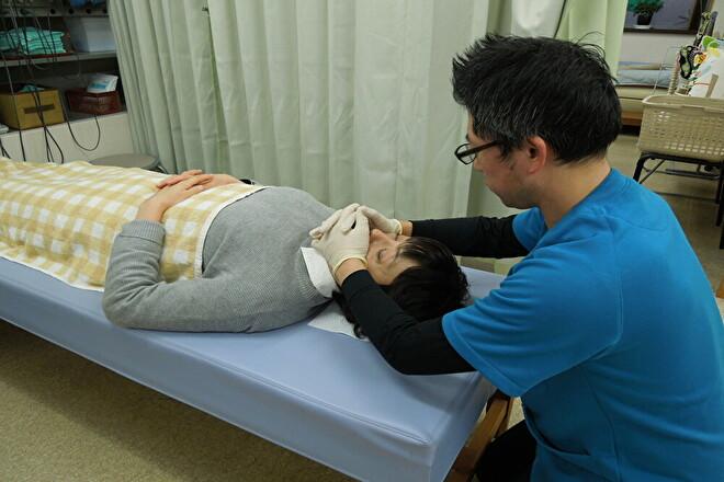 松ヶ丘すみれ整骨院 顔つぼヘッドセラピストの技術を体感して下さい!