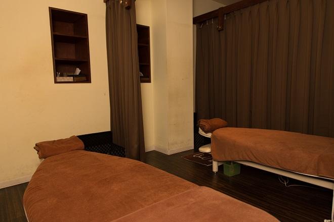 ベアハグ 渋谷店 ベアハグオリジナルベッドを採用