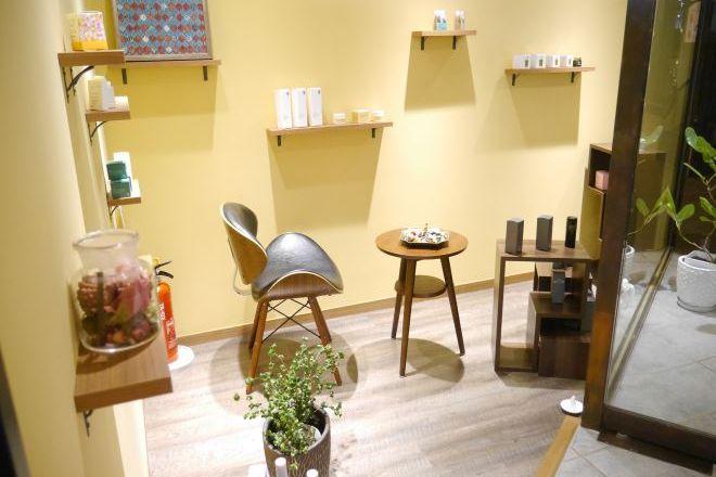 beauty lab GENOA 名駅店 ゆっくりできる雰囲気の店内で癒しのひとときを