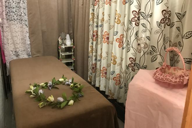 サレーヌ 半田北店 施術ベッドもご用意しています