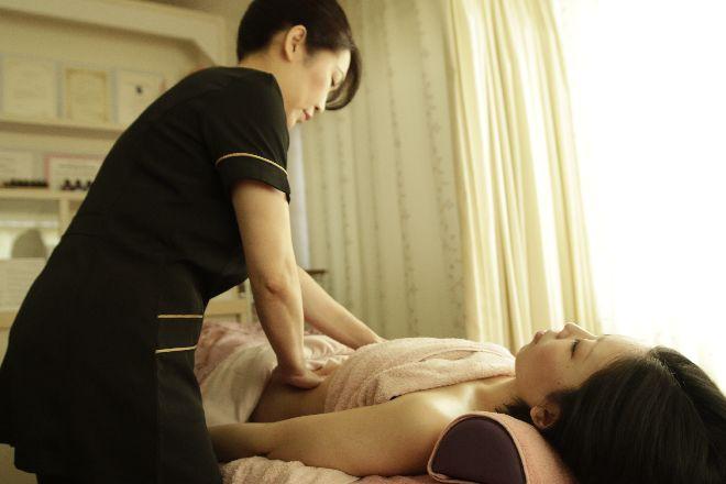 ローサ(Salon de ROSA) モダンリンパドレナージュで癒し&お肌ツルツル