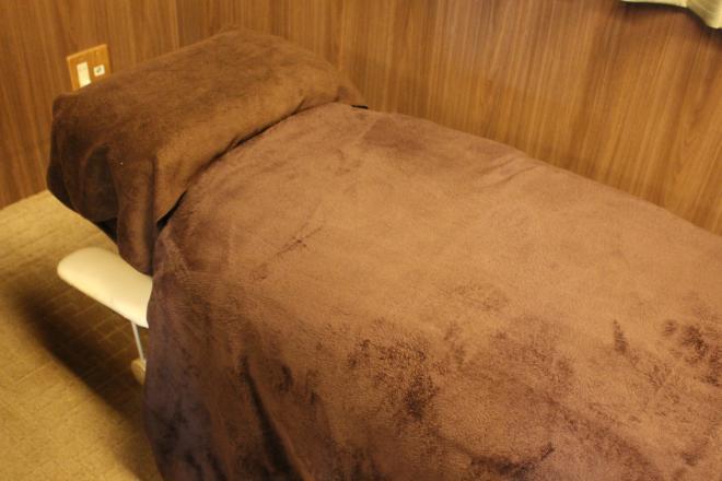 西村カイロプラクティック 施術ベッド
