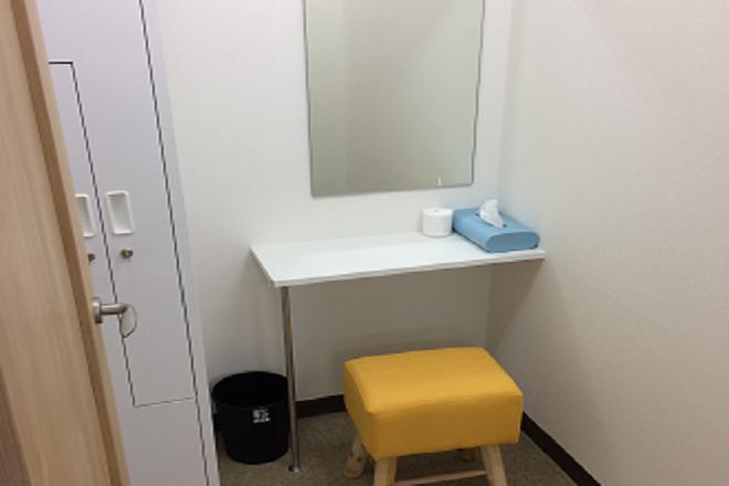 赤坂BODYFIT整体院×鍼灸サロンBODYFITスポーツ 帰りにメイクアップルームもご利用いただけます。