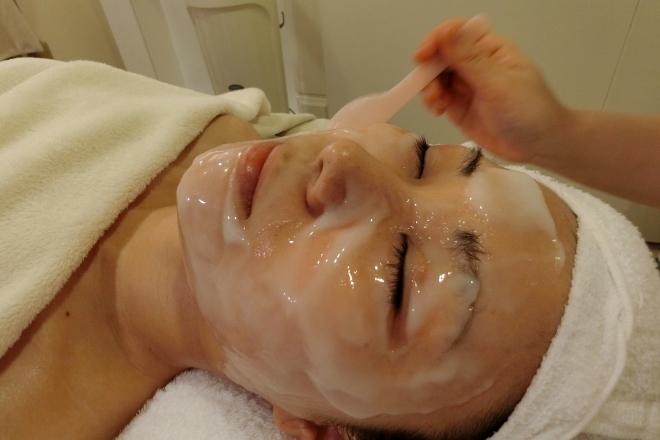 Total Esthe Salon healing port 人気の炭酸ガスパックで肌質改良を目指します