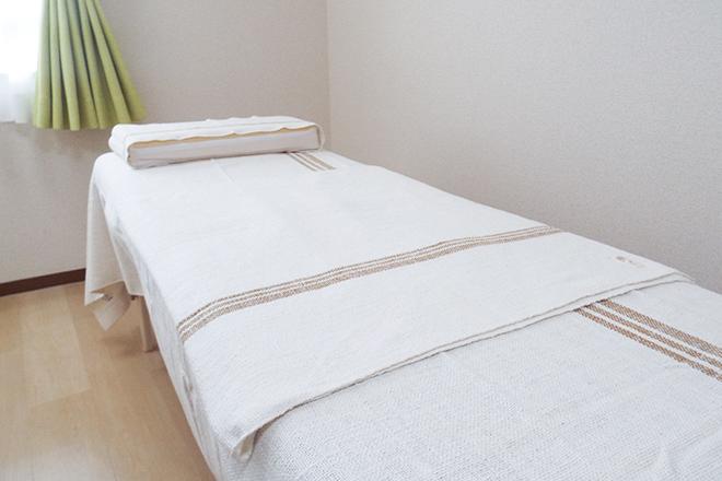 ヘルスケアサロン ゆたか オーガニック素材に包まれる施術室