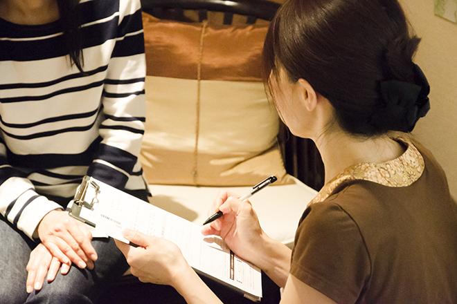 バーン ハナ 梅田蔦屋書店 丁寧なヒアリングを心掛けています
