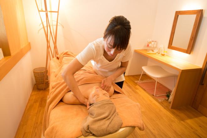 フセヤ エステティックアロマアンドヨガ(FUSEYA) お肌に合った化粧品でケアいたします。