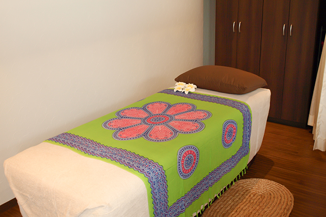 バリ島のリゾートスパ感覚の施術スペース