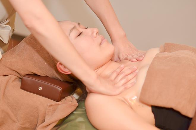 Visage 毛穴対策コースで健康と美肌の両方をサポート!