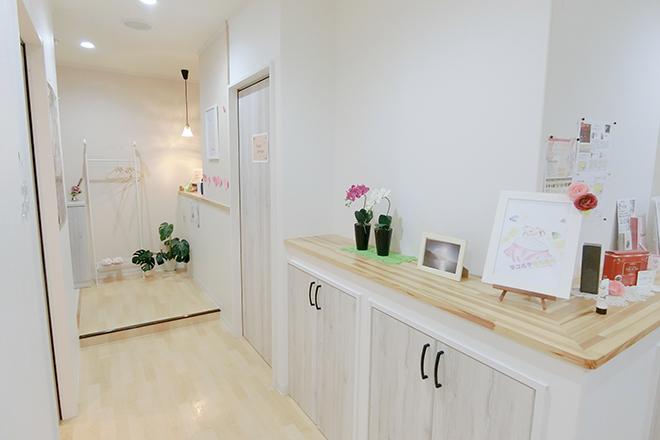 ポムポムボナー(Paume bonheur) ホワイトを基調にした優しい空間です