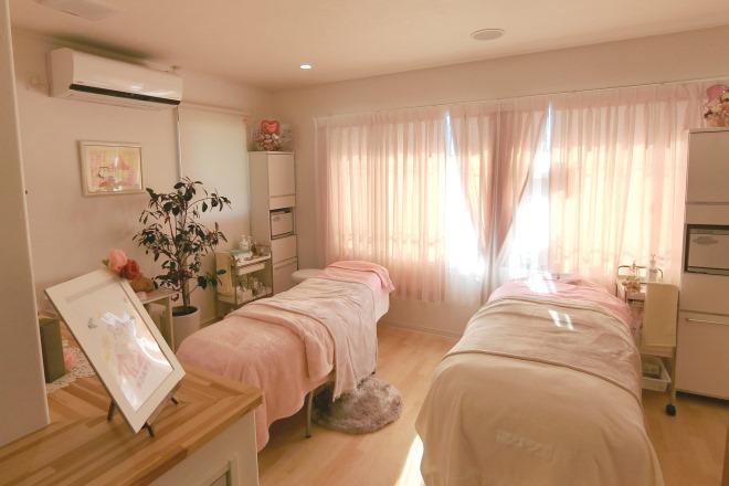 ポムポムボナー(Paume bonheur) 高品質で清潔な施術ベッドで落ち着けます