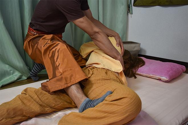 タイ古式マッサージ Sabai Sabai 腰の違和感や肩のハリをお持ちの方におすすめです