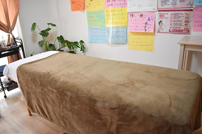ぴゅあ 倉敷店 清潔感のある施術台です