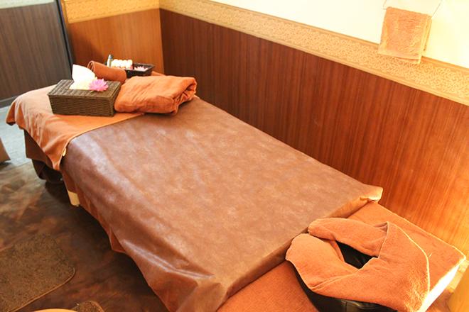 Magenta 落ち着いた雰囲気の施術ベッドです