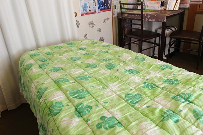 ハピネス 大きめのベッドでリラックスされてください