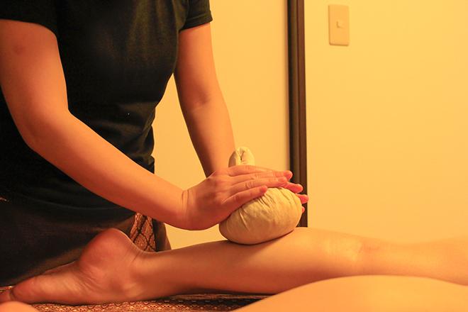 yachai spa ハーブボールで、お体を芯から温めます☆